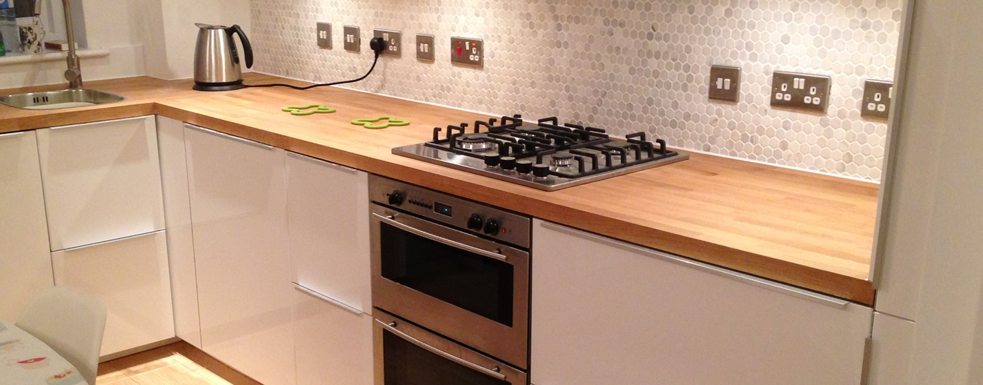 AAA Contractors for complete Kitchen fitting